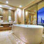 Relaxation Suite Bathroom