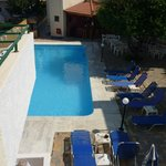 good size pool area and plenty of sun loungers