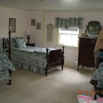 Sargeant Room spacious for 3-4 people with 2 twin beds and a double bed.
