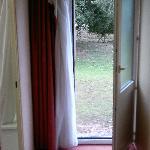 door/window to the garden