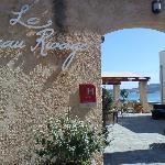 l'ingresso al Beau Rivage ed alla sua terrazza sul mare