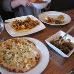 Babur Indian Restaurant Foto