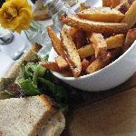 Roasted Chicken Sandwich with Chips