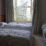 Larger bedroom ( sleeps3 )