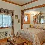 Marguerite's Room at Mariposa Hotel Inn
