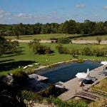 piscina natural delante del Chateau