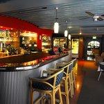 Φωτογραφία: Alexander's Bar and Restaurant