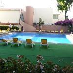 piscine bugainvilia