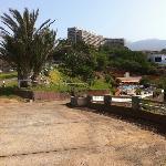 la résidence et la piscine du bas