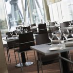 Фотография The Upper Deck Restaurant & Bar at the Novotel London ExCeL