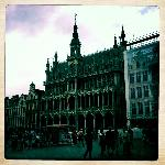 Perfectly located in the La Grand Place