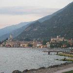 approaching Malcesine by the lake path