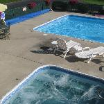pool and whirlpool were very clean