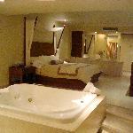 Junior Suite w/ Jacuzzi & Ocean View