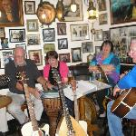 Folk music in The Cadgwith Inn