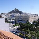 Terraza, al NE, Syntagma y Licabeto