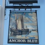 ‪The Anchor Bleu‬