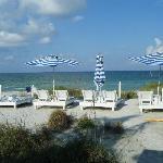 free beach chairs