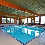 Heated Pool & Hot Tub