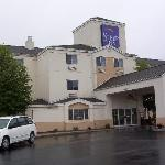 Sleep Inn Londonderry NH Entrance