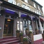 헤리오츠 호텔
