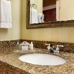 Standard Rooms Bathroom