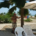 Camino netre la playa y las habitaciones