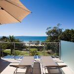 1 Bedroom Ocean View private roof deck