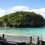 Kanumera Bay
