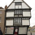 Leaning house of Canterbury