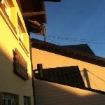 vista de la fachada del hostel