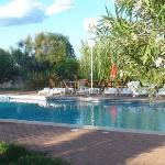 après le petit déj:la piscine