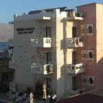 l'edificio anteriore