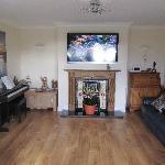 Guest TV/Living Room