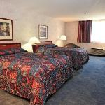 Shilo Inns Klamath Falls Double Queen Suite