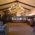 Shilo Inns Beaverton Lobby