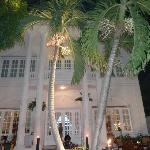 Foto de La Villa French Restaurant