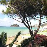 Blick aus dem Appartment Mezziogiorno auf den Maronti Strand und S. Angelo