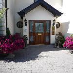 Avlon House Brd & Breakfast Main Entrance