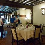 L'une des deux salles du restaurant