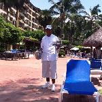 Best Pool Area Waiter - Jacinto