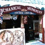 Mechanical Memories, Brighton