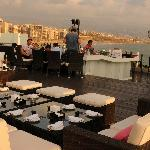 On top: The Square Sushi-Bar with view over the Corniche