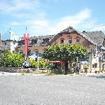 Incrocio stradale e hotel