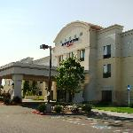 SpringHill Suites Modesto - outside view