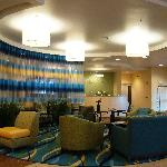 SpringHill Suites Modesto - lobby