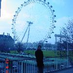 London eye a lo lejos