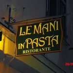 Le mani in pasta resmi