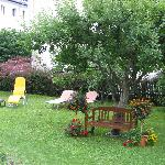 Pension Hubertus - a very nice garden to sit in and relax
