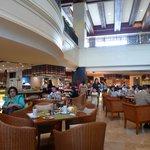 Spiral restaurant, Sofitel Philippine Plaza